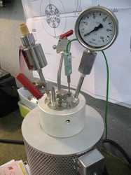 Manual Closure Reactor